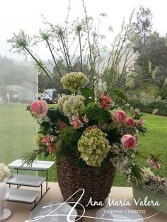arreglo floral mesa de papas