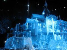 Hiver : Sculpture de glace du Mont-Saint-Michel.