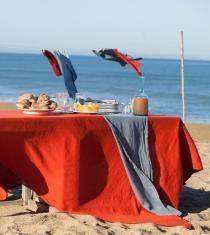 Brunch ensoleillé, sur les bords de mer Couleur Chanvre Hemp, Harry Styles, Most Beautiful, Picnics, Table, Brunch, Fabrics, Design, Art