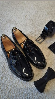 All White Sneakers, Slim Fit Suits, Stylish Mens Outfits, Tassel Loafers, Leather Tassel, Exclusive Collection, Mens Clothing Styles, Black Patent Leather, Loafers Men