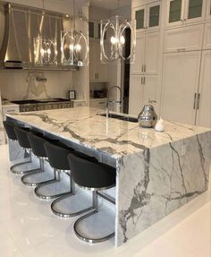 Luxury Kitchen Design, Kitchen Room Design, Dream Home Design, Luxury Kitchens, Home Decor Kitchen, Interior Design Kitchen, Interior Decorating, Luxury Homes Dream Houses, Cuisines Design
