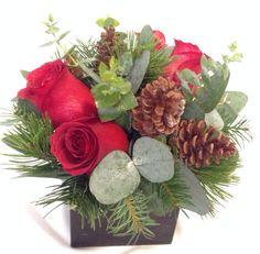 Diseño de Navidad con flores naturales  www.ingeniofloral.com