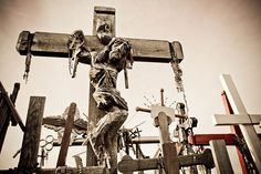 Picture was taken on the Hill of Crosses, near the city of Šiauliai, in northern Lithuania. Photo by Dmitri Korobtsov