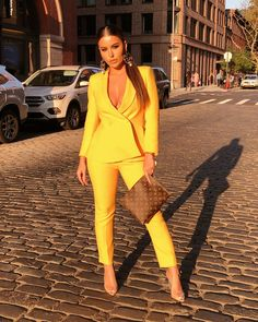 Elegant Fall Outfits To Inspire You These 12 Elegant Fall Outfits To Inspire You will surely have you ready - Gucci Suit - Ideas of Gucci Suit - image of Amrezy wearing yellow suit from Zara Lamey Elegant Fall Outfits To Inspire You Classy Outfits, Chic Outfits, Fashion Outfits, Pink Dress Outfits, Work Dresses, Suit Fashion, Work Fashion, Fashion Top, Suits For Women