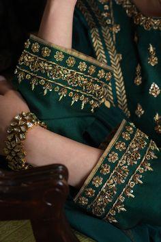 Zaaviay Arzish Raw Silk Collection 2020 - Source by OriginalFashions - Embroidery Suits Punjabi, Zardosi Embroidery, Embroidery On Kurtis, Hand Embroidery Dress, Embroidery Suits Design, Embroidery On Clothes, Embroidery Fashion, Designer Party Wear Dresses, Kurti Designs Party Wear