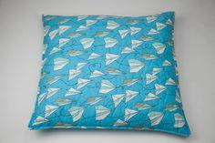 Capa Aviões Origami 60 x 60 cm | A Loja do Gato Preto | #alojadogatopreto | #shoponline