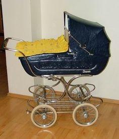 tak ten máme doma Vintage Stroller, Vintage Pram, Baby Buggy, Baby Prams, Baby Carriage, Retro, Kids And Parenting, Carousel, Baby Strollers