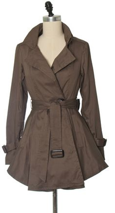 Olive Ruffled Trench Coat. This is the perfect jacket for casual fall outfits.