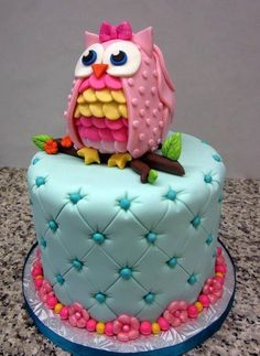 Owl cake looks cool. Please check out my website Thanks.  www.photopix.co.nz