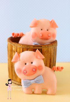 Felt Pigs
