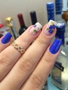 30 Cool and Easy Halloween nail art designs for Women img 6 Short Nail Designs, Nail Art Designs, Fingernail Designs, Floral Nail Art, Halloween Nail Art, Easy Halloween, Flower Nails, Gorgeous Nails, Nail Arts