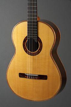 alquier luthier fabricant de guitares electriques et acoustiques | classique Juliette