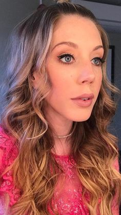 Katherine Ryan, British Comedy, Girl Humor, Make Up, Actresses, Long Hair Styles, Sexy, Beauty, Makeup