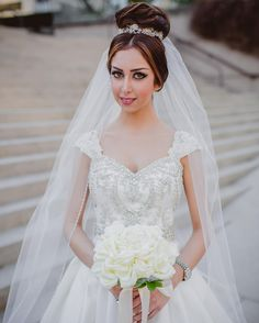 great vancouver florist Happy wedding anniversary to lovely @sadafy & Soroush. Sadaf's glamelia bouquet is one of my favourites. It's made entirely from rose petals Photo : @ophelia_photography Hair and make up : @makeupbyhaleh #ihavethebestbrides #persian #persianwedding #vancouverwedding #vancityflorist #vancitybuzz #yaletown #fairmonthotel #weddinganniversary #glamelia #petalbouquet #bride #bridetobe #engagedtothedetails #engaged #wedding #vancitywed #vancouverwedding...
