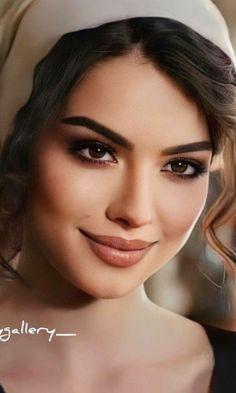 Beautiful Girl Image, Beautiful Eyes, Gorgeous Women, Amazing Women, Girl Face, Woman Face, Arabian Makeup, Eye Makeup Steps, Model Face