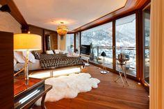 Chalet Zermatt Peak – Perfectness of Six-Star Boutique Chalet in Switzerland: The Amazing Lamp In Charlet Zermatt Peak Luxury Boutique