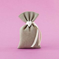 Wedding Favors, Wedding Gifts, Baptism Favors, Heart Ornament, Ecru Color, Pouch, Reusable Tote Bags, Gift Wrapping, Baby Shower