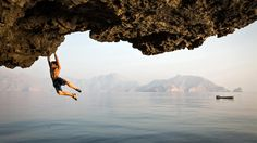 National Geographic Live! : To Climb the World  Climbing dream team Alex Honnold, Mark Synnott, and Jimmy Chin face rugged cliffs, knife-wielding thieves, and deadly waters as they traverse the globe searching for the next great rock to climb.