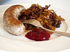 Syksyinen kaalipaistos - Hunajainen SAM Sausage, Food And Drink, Keto, Salad, Chicken, Sausages, Salads, Lettuce, Cubs