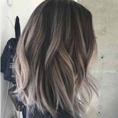 I like this style of hair (where the colour is placed)