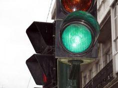 Transito Seguro On line: Proposta prevê cronômetros em semáforos próximos à...