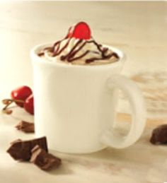 Cherry syrup and hot chocolate, garnished with whipped cream, chocolate syrup, and a maraschino cherry Frozen Hot Chocolate, Hot Chocolate Bars, Hot Chocolate Recipes, Chocolate Syrup, Chocolate Cherry, Bob Evans Recipes, Restaurant Drinks, Restaurant Recipes, Cherry Syrup