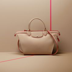 Falling for this bag! : Longchamp Spring 2015 collection. Discover it on www.longchamp.com
