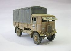 Short Sunderland, Tractor Parts, Commercial Vehicle, Best Model, Tamiya, Diesel Engine, Scale Models, Tractors, 4x4