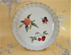 Royal Worcester Quiche Dish Evesham Pattern Vintage Flameproof Porcelain  Oven To Table Ware Serving Dish
