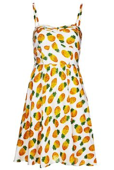 I have been looking for a very specific pineapple skirt for months and I can't find what I want but this dress comes sort of close. someone buy it for me.