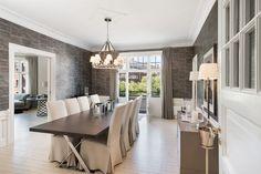 FROGNER - Herskapelig og eksklusiv 5-roms hjørneleilighet i 5. etasje med heis og vestvendt balkong - Parkeringsleie* - Særdeles påkostede detaljer og ildsted - Attraktiv beliggenhet | FINN.no Conference Room, Dining Table, Real Estate, Furniture, Home Decor, Rome, Homemade Home Decor, Diner Table, Dinning Table Set