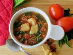 It's your favorite BLT Sandwich combined with your favorite soup - It's Souper BLT Soup that is perfect for a quick, easy and delicious #WeekdaySupper