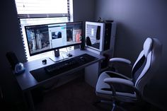One of my New Year's resolutions was to up my battlestation game. This is the first step. : battlestations Gaming Computer Desk, Gaming Room Setup, Pc Setup, Office Setup, Computer Rooms, Office Games, Gaming Rooms, Office Chairs, Office Desk