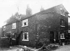 Lower Wortley Road nos. 135 - 141
