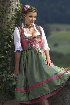 Frühjahr/Sommer 2014 ‹ Melega Fashion