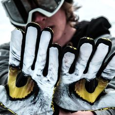 🦅 Pro Rider - built to perform ⛷️ Ski Accessories, First Choice, Snowboard, Skiing, Athlete, Gloves, Ski, Mittens