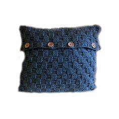"By RoOmieY: Kussen hoes ""Basket weave stitch"" haken Crochet Pillow Pattern, Crochet Cushions, Crochet Patterns, Tunisian Crochet, Knit Crochet, Make Your Own Clothes, Crochet Home, Basket Weaving, Crochet Projects"