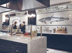 Creneau International › Café Belge®, Grand Café, lovely wall decor, fish, style…