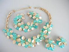 Vtg Napier Necklace Bracelet Earrings Florals Faceted Green Beads Parure | eBay
