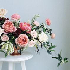 film + flowers forever   #meandmydadsoldcamera  #winnipeg #florist #flowers #filmisnotdead #pentaxk1000 #flowers #floral #pink #art (at Winnipeg, Manitoba)