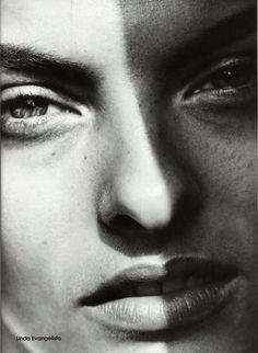 Linda Evangelista by Peter Lindbergh for Vogue Italia, July 2007.