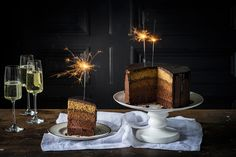 Join Anneka Manning in an intensive, full-day baking class where you will learn all there is to know about baking delicious – and beautiful – celebration cakes! Whipped Chocolate Ganache, Chocolate Drip, Dark Chocolate Cakes, Melting Chocolate, Sbs Food, Baking Classes, Round Cakes, Cake Tins, Cake Batter