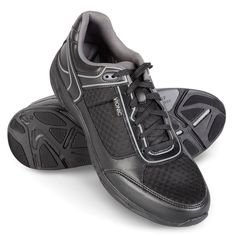 The Gentleman's Plantar Fasciitis Athletic Shoes - The biomechanical footbeds provide optimal comfort and support when the shoes are worn for at least a few hours per day over the course of two weeks. - Hammacher Schlemmer
