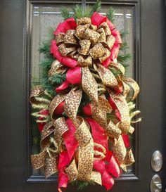 Flirty Leopard Wreath Christmas Wreath Leopard by LuxeWreaths Christmas Swags, Christmas Past, Christmas Colors, Valentine Day Wreaths, Valentines, Santa Wreath, Deco Wreaths, Velvet Material, The Night Before Christmas