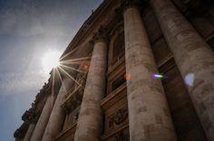 Bazilica Sf. Petru din Vatican  Bazilica Sf. Petru din Vatican, mai mult decât o catedrală - galerie foto.  Vezi mai multe poze pe www.ghiduri-turistice.info Sf, Vatican, Wood, Photography, Inspiration, Biblical Inspiration, Photograph, Woodwind Instrument, Timber Wood