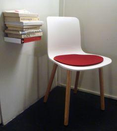 Bookshelf: Book, Jasper Morrison : HAL Wood chair, Parkhaus felting pad