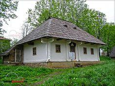 MUZEUL SATULUI BUCOVINEAN SUCEAVA Casa Volovat Romania, Gazebo, Outdoor Structures, Plants, House, Houses, Kiosk, Home, Pavilion