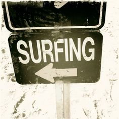 Visit surfeleando.com and come to Spain. We offer Spanish lessons and surfing sessions