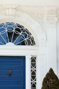 hueandeyephotography: Blue Door with Fan Window, Charleston, SC© Doug Hickok All Rights Reserved (via TumbleOn) Beautiful Architecture, Beautiful Buildings, Architecture Details, Interior Architecture, Beautiful Homes, Federal Architecture, Classic Architecture, Interior Exterior, Exterior Paint