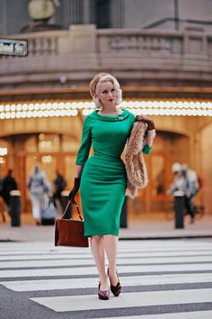 Rachel Ann Jensen ♥: Green at Grand Central || Fall Inspired with TPDC Retro Fashion, Girl Fashion, Vintage Fashion, Cute Dress Outfits, Today's Outfit, The Pretty Dress Company, Pretty Dresses, 60s Dresses, Fancy Dress Design